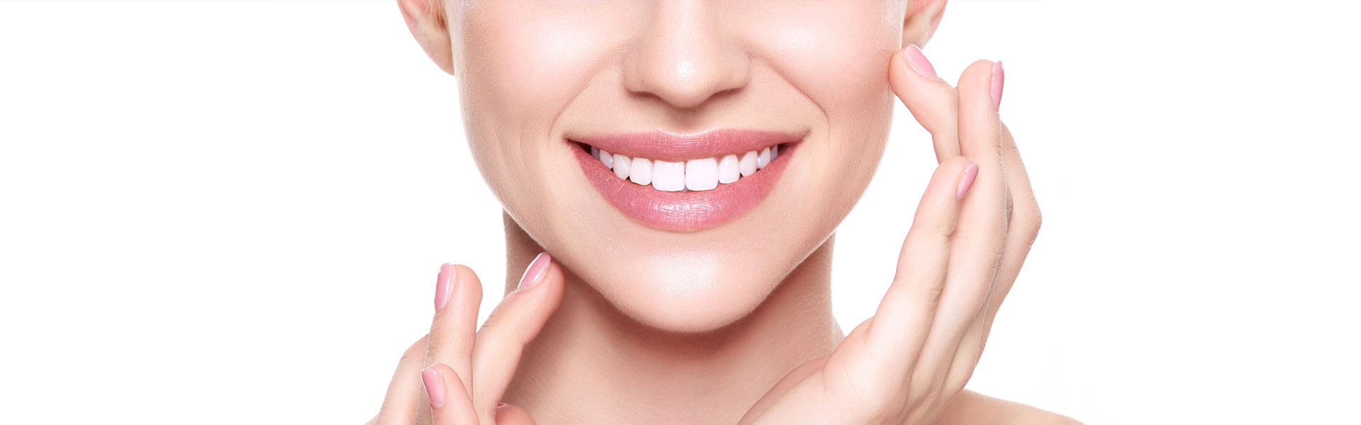How Can Cosmetic Dentistry Help in Achieving A More Beautiful Smile?