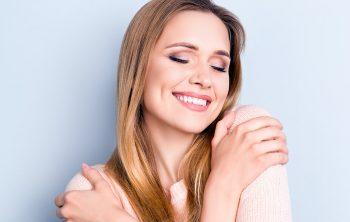Make Your Smile Bright like a Diamondwith Teeth Whitening
