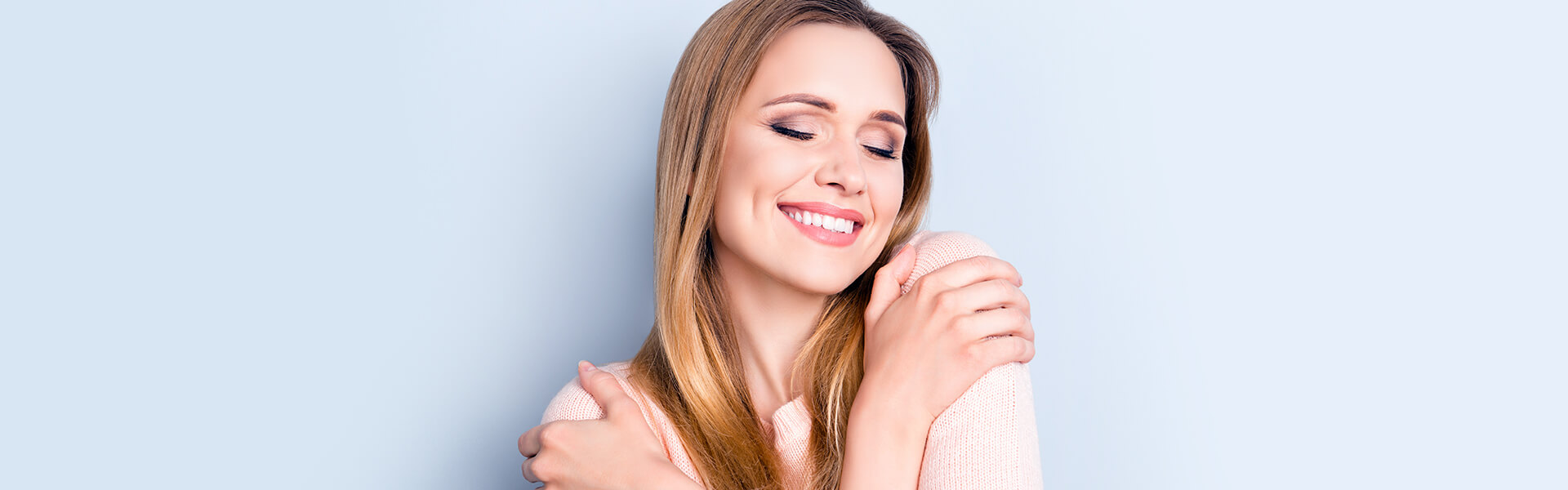 Make Your Smile Bright like a Diamond with Teeth Whitening